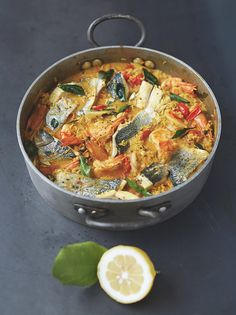 Easy curried fish stew is part of Easy Curried Fish Stew Fish Recipes Jamie Oliver Recipes - The perfect centrepiece, this simple fish curry looks really impressive and is good for you, too Curry Recipes, Fish Recipes, Indian Food Recipes, Turkish Recipes, Curried Fish Stew, Fish Soup, Superfood Recipes, Healthy Recipes, Chicken Hotpot
