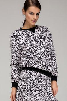 Front Row Shop animal print sweatshirt (for more animal prints -- http://chicityfashion.com/animal-prints/)