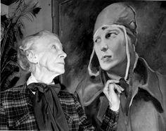 نتيجة بحث الصور عن rare pictures of amelia earhart family Vintage Comic Books, Vintage Comics, Amelia Earhart Plane, Kansas, Rare Pictures, Pearl Harbor, Mothers Love, Dear Friend, Amy
