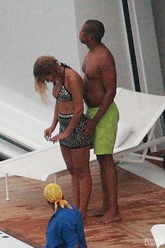 Beyoncé, Blue Ivy and Jay in the island of Panarea, Italy
