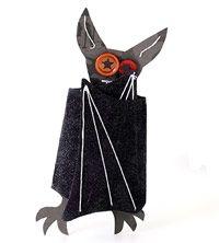 DIY :  Folded-Wings Bat Halloween Card