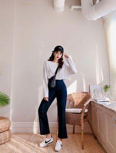 Korean Girl Fashion, Korean Fashion Trends, Ulzzang Fashion, Korean Street Fashion, Korea Fashion, Little Girl Fashion, Asian Fashion, Look Fashion, Thailand Fashion