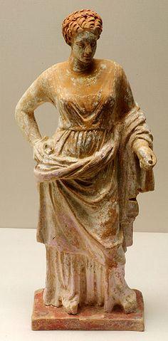 TERRACOTTA - Aphrodite (Venus), Hellenistic statuette (terracotta), 4th century…