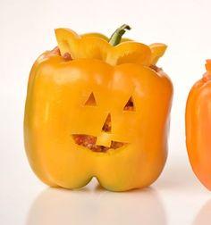 Stuffed pepper jack-o-lanterns // Halloween tök formájú töltött paprikák //  Mindy -  creative craft ideas //  #halloween #crafts #craft #kreatívötletek #csináldmagad #diy