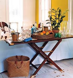 bar or side serving table... idea for my rectangular ironing board