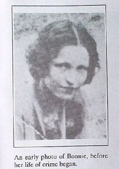 Bonnie Parker before joining Clyde Barrows (Mid Bonnie And Clyde Bodies, Bonnie And Clyde Death, Bonnie And Clyde Photos, Bonnie Clyde, Bonnie Parker, Mafia, Famous Outlaws, Real Gangster, Life Of Crime