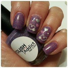 here's a gorgeous thermal Iris Eyes by @polishaddictnailcolor and nail stickers by @pueencosmetics