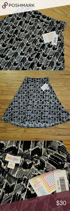 NWT LuLaRoe Azure skirt NWT LuLaRoe Azure skirt with fun black and white pattern! LuLaRoe Skirts Midi