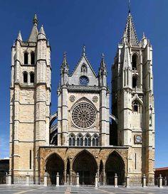 Fachada principal de la catedral de León. Siglo XIII
