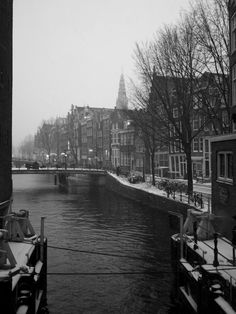 The snow we're experiencing gives Amsterdam a certain veneer of gloom that is-nonetheless-satiating to the senses. This photo was taken on northern part of Zeedijk. I've probably shot this same picture around one hundred times. I think I may have finally gotten it right...