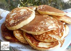 Érdekel a receptje? Kattints a képre! Food Design, Hamburger, Cake Recipes, Pancakes, Food And Drink, Health Fitness, Sweets, Bacon, Drinks