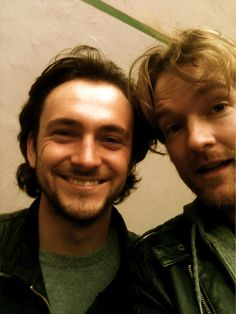 George Blagden and Killian Donnelly one day R and Ferre are particularly happy and idk why. Theatre Geek, Musical Theatre, Les Miserables, George Salazar, Just Because Of You, Kevin Zegers, George Blagden, Perfect People, Amazing People