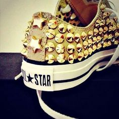 Studded Converse All Star Sneakers. Yeah, I would totally wear these. All Star Shoes, Converse All Star, Converse Shoes, Converse Fashion, Converse Gold, Adidas Shoes, Bedazzled Converse, Green Converse, Nike Sneakers