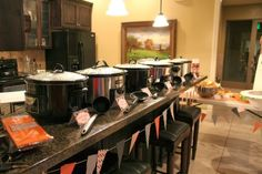 soups on {ideas for hosting your own soup party} Circus Berry Soup Bar, Progressive Dinner, Wedding Soup, Food Stations, Feeding A Crowd, Work Party, Housewarming Party, Party Entertainment, Halloween Party Decor