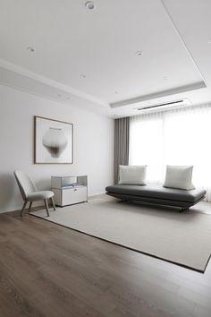 안녕하세요. 허스크 디자인입니다. 오늘은 지난번 저희 허스크 디자인의 인스타그램 @husk_design을 통해 ... Interior Walls, Living Room Interior, Interior And Exterior, Living Room Decor, Interior Design, Style At Home, Family House Plans, Interior Concept, Villa