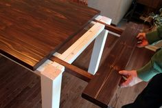 Ever dreamed of having your own farmhouse table but didn't want to spend a fortune? Well now you can! Keep on reading for details and plans, too! Oh mannnn, you guys. I am SO EXCITED to share today's post with you all! A couple of months ago, Jay set out Diy Esstisch, Esstisch Design, Furniture Projects, Home Projects, Furniture Stores, Diy Furniture Plans, Furniture Companies, Cheap Furniture, Discount Furniture