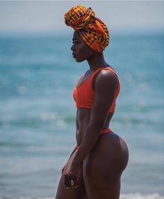 Dark Skin Women Submit — (📸: ムAfrican Beauty, African Women, Black Girl Magic, Black Girls, Vrod Harley, Dark Skin Girls, Femmes Les Plus Sexy, Dark Skin Beauty, Sexy Ebony