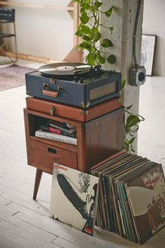 mid cent. end table - love all those led zep albums.