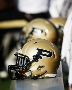 Purdue Football Helmet Picture at Purdue Boilermaker Photos http://www.bigtenfootballschedule.