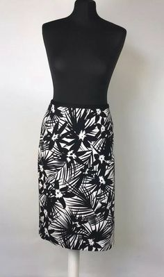 NWT Olivia and Grace Knees Lenght Solid Pencil Olive High Waist Skirt Size S