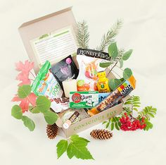 Conscious Box ... monthly delivery of pure and sustainable products that are handpicked from businesses that care for the planet -- just like you.