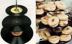 Na, wer möchte alte Schallplatten loswerden?
