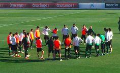 Entrenamientos Soccer, Sports, Training, Hs Sports, Futbol, European Football, European Soccer, Football, Sport