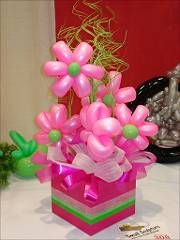 pink flower balloon centerpiece