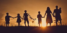 Photography Silhouette Family Fun – THE DAILY DIGI:: Digital scrapbooking supplies, tutorials, how to Family Picture Poses, Family Posing, Family Portraits, Picture Ideas, Fun Photo Ideas, Family Photo Shoots, My Family Photo, Fun Ideas, Fall Family