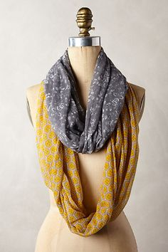 My LuxeFinds: Style Guide: 40 Way to Tie A Scarf