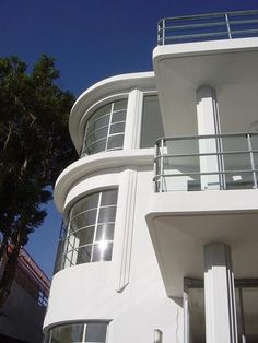 Art Deco Streamline Modern Landscape Design | Streamline Moderne Design / old art deco house exterior designs