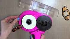 utube how to place refill in scotch advanced tape glider atg - Bing video Glue Gun Projects, Glue Gun Holder, Cricut Cuttlebug, Card Making Tips, Scotch Tape, Wax Stamp, Card Tutorials, Gliders, Crafting Tools