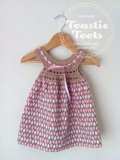 Crochet dress by Toastie fabric and bamboo crochet yoke. Crochet Fairy, Crochet Yoke, Love Crochet, Crochet For Kids, Baby Girl Crochet, Crochet Baby Clothes, Little Girl Dresses, Girls Dresses, Baby Kind