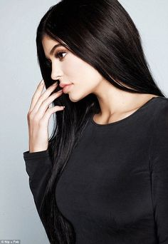Kendall & Kylie Jenner style and news Kylie Jenner Outfits, Kylie Jenner Fotos, Trajes Kylie Jenner, Kendall Y Kylie Jenner, Estilo Kylie Jenner, Kylie Jenner Style, Kardashian Jenner, Kourtney Kardashian, Jenner Photos