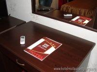 Complexul Hotel - Restaurant ANDALUZIA se afla situat pe partea dreapta a DN 5 pe sensul de mers BUCURESTI - GIURGIU km 59+420, este locul ideal unde se pot petrece clipe minunate si unde poti obtine odihna necesara cand va aflati zona de sud a tari. Romania, Restaurant, Home, Andalusia, Diner Restaurant, Ad Home, Homes, Restaurants, Haus