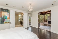 With a private covered balcony and en suite spa like bathroom, this retreat is a great space to escape to and unwind in. 6136 W. 5th St | Beverly Grove