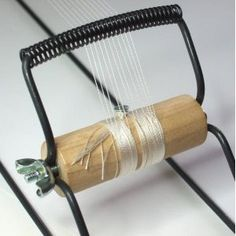 How to thread up a bead loom