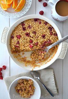 Raspberry Baked Oatmeal {A Pretty Life}