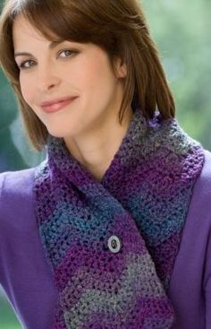 One-Ball Ripple Scarf   free #crochet #scarf patterns