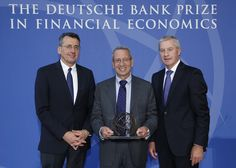 Steven A. Ross receives Deutsche Bank Prize in Financial Economics