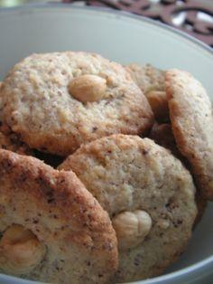 """Biscuits de Noël - Noistins : """"bredele"""", version noisettes"""