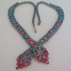 Vintage-1950-s-Pink-Marquise-Rhinestone-Pastel-Blue-Collar-Necklace