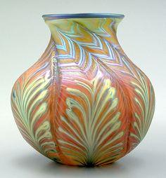 Daniel Lotton art glass vase