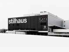 Stilhaus Rothrist – Signaletik Wayfinding Signage, Signage Design, Exterior Signage, Environmental Graphics, Planer, Interior Architecture, The Good Place, Designer, Typography