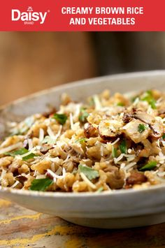 High fiber and healthier for you, brown rice pairs with crunchy sprouts and creamy sour cream for a side that's simply delicious.