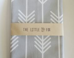 Standard Cot Crib or Stokke Sleepi Cot Crib Fitted Sheet in Light Grey Arrows