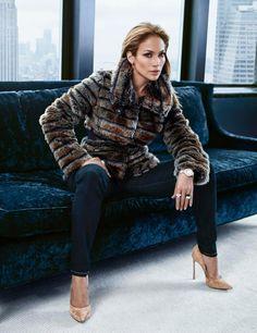 Jennifer Lopez, sofisticación y glamour en su propuesta de moda para el otoño #moda #fashion #zapatos #shoes #bolsos #bags #cinturones #belts #marroquineria #leathergoods #cuero #leather