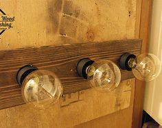 Pipa de madera de granero Industrial baño tocador por AmbientWood …