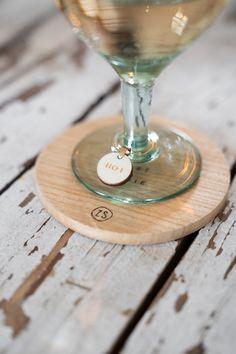 White Wine, Martini, Alcoholic Drinks, Hanger, Tableware, Glass, Dutch, Hangers, Dinnerware