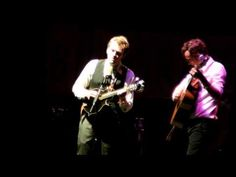 Chris Thile & Michael Daves - Bury Me Beneath the Willow in G